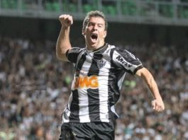 Leandro Donizete no Santos